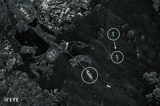 ICEYE-July-2019-satellites-2-images-within-minutes-from-each-other