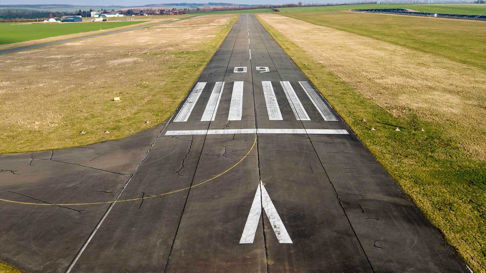 Solutions-Security-Airstrip_ICEYE