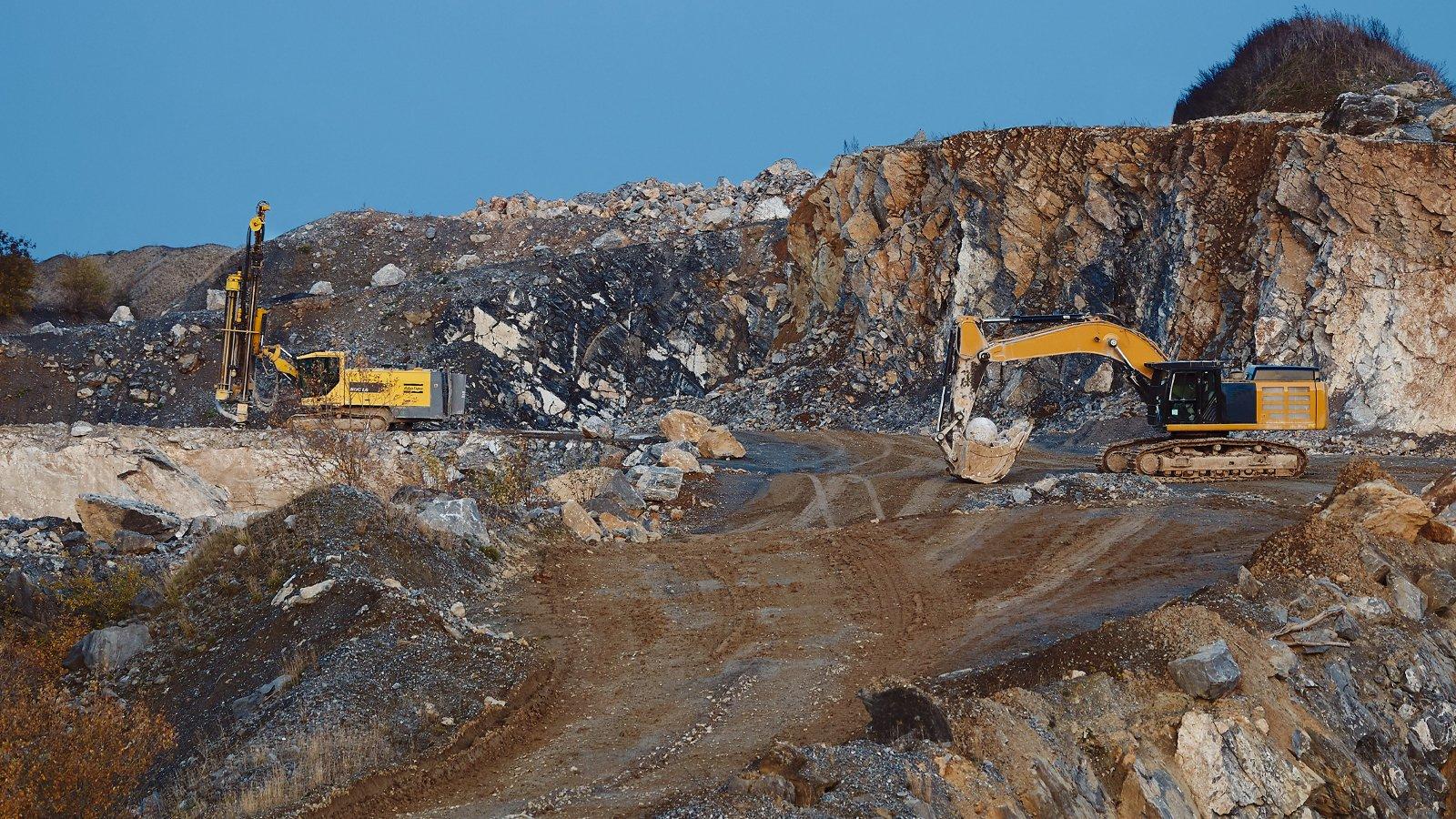 Solutions-mining-b